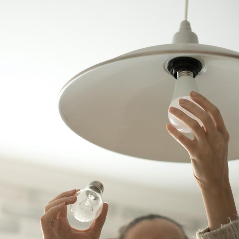 VRS Lakeside Gardens Seniors Community Inclusive Services Maintenace Changing Light Bulb